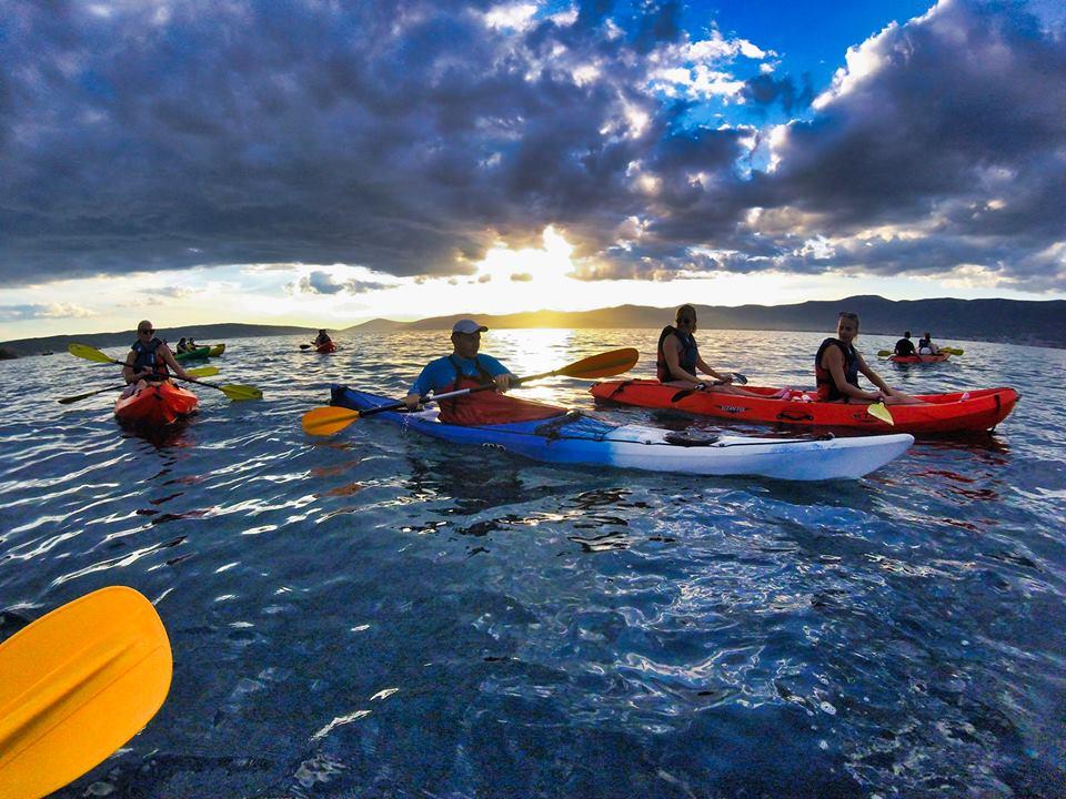 kayaking split